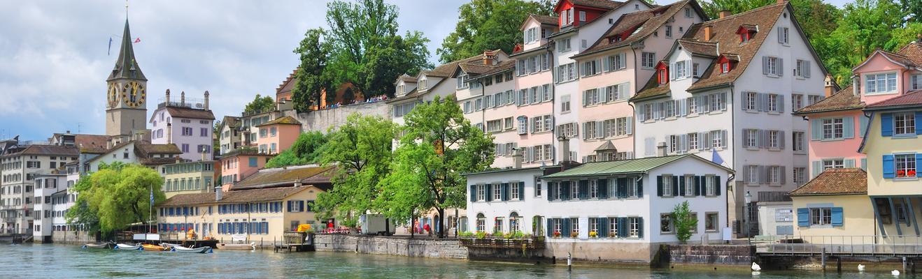 Zurich - Shopping, Eco, Urban, Historic
