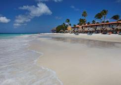 Tamarijn Aruba - ออรานเจสตัด - ชายหาด