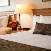 Coast International Inn Standard Two Queens Room