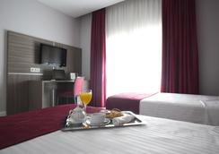 Hotel Serrano by Silken - มาดริด - ห้องนอน