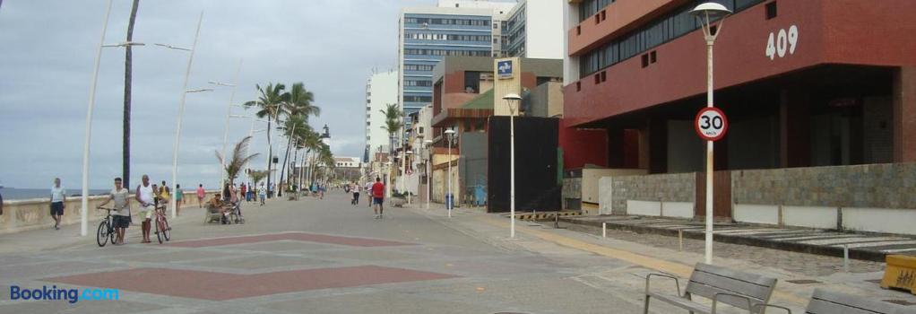 Flat na Praia do Farol da Barra - Salvador - Building