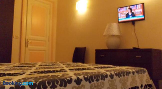 Glamour Center Of Rome B&B - Rome - Bedroom