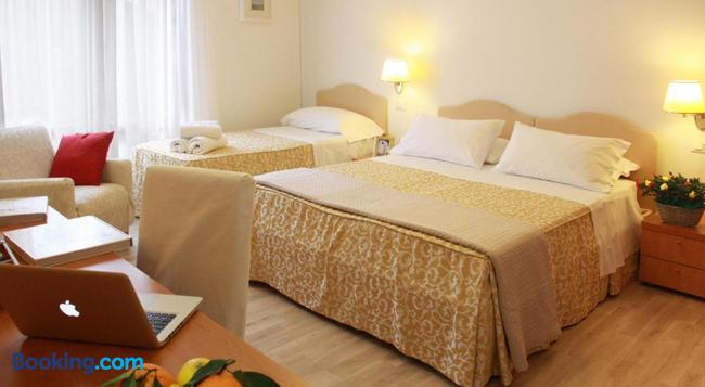 Residenza Giacomuzzi - Venice - Bedroom