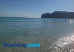Antica Dimora - กายารี่ - ชายหาด