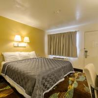 Americas Best Value Inn Amarillo Airport/Grand Street One Queen Bed