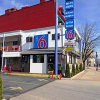 Motel 6 Baltimore City Exterior view