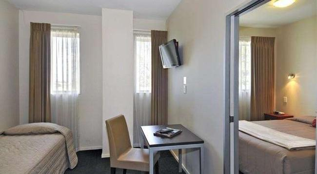 540 on Great South Motel - Auckland - Bedroom