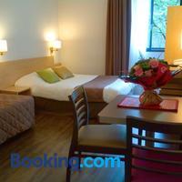AMHôtel Italie Guestroom