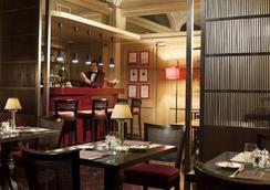 Hotel dei Borgognoni - โรม - บาร์