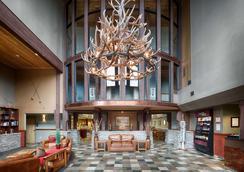 Red Lion Hotel Kalispell - คาลิสเปล - ล็อบบี้