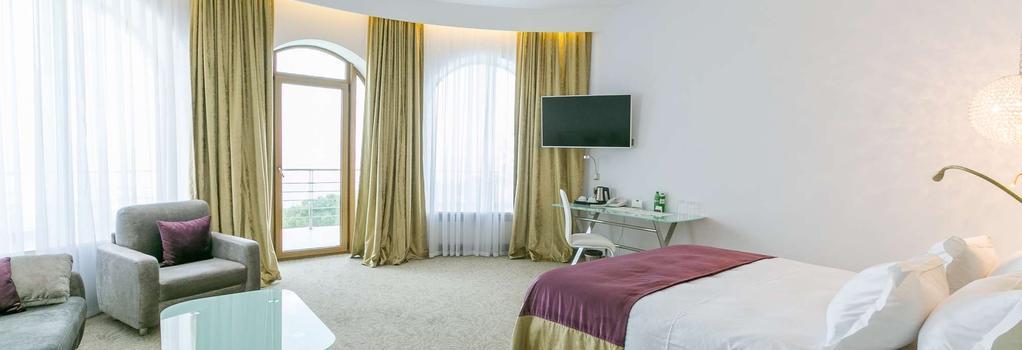 Panorama De Luxe - Odessa - Bedroom