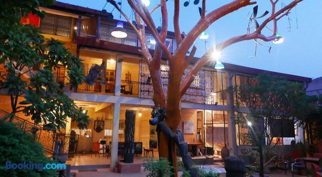Villa Yiri Suma - Ouagadougou - Building