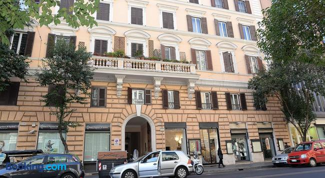 Capital Suite - Rome - Building