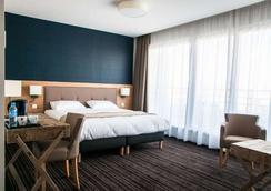 Brit Hotel Lodge - สตาร์บูร์ก - ล็อบบี้