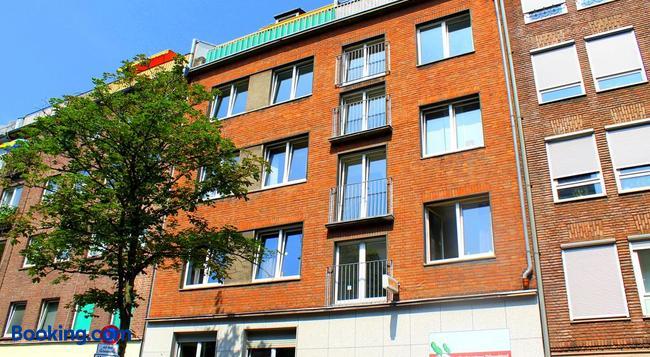 Backpackers Düsseldorf - Dusseldorf - Building