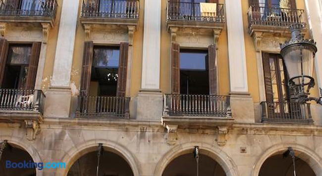 Pension Villanueva - Barcelona - Building