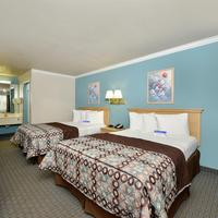 Americas Best Value Inn-Houston/Hobby Airport Two Queen Beds