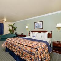 Americas Best Value Inn-Houston/Hobby Airport One King Bed Deluxe