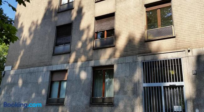 Milanorooms Bacone - Milan - Building