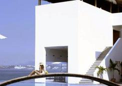 Best Western PLUS Luna del Mar - มันซานิลโล - อาคาร