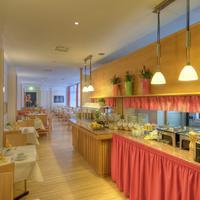 Top Dürer Hotel Nürnberg Breakfast room