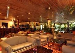 Hotel La Mada - ไนโรบี - ล็อบบี้