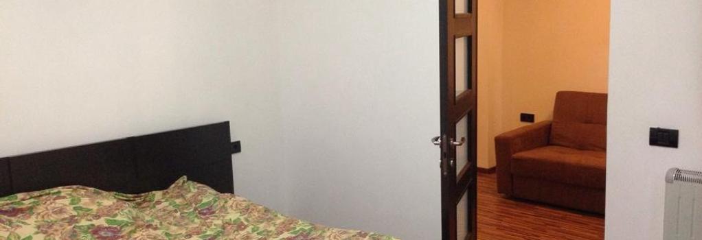 La Vila Maria - Bucharest - Bedroom