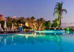 H10 Playa Meloneras Palace - มาสปาโลมาส์ - สระว่ายน้ำ