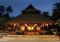 Tinkerbell Resort - เกาะกูด - อาคาร