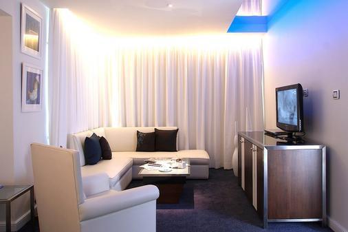 โรงแรมดรีม กรุงเทพ - กรุงเทพมหานคร - ห้องนั่งเล่น
