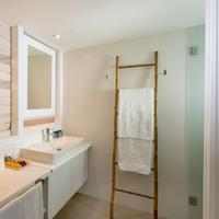 Fergus Style Palmanova - Adults Only Bathroom