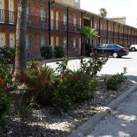 Texas Inn Property Grounds