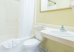 Hospitality Inn - แจ็กสันวิลล์ - ห้องน้ำ