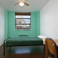 40 Berkeley Hostel Guestroom