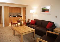Clarion Hotel Dublin Liffey Valley - ดับลิน - ห้องนอน