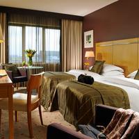 Clarion Hotel Dublin Liffey Valley Guestroom