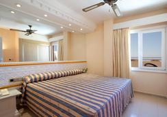 Playacapricho Hotel - โรเกทาส เด มาร์ - ห้องนอน