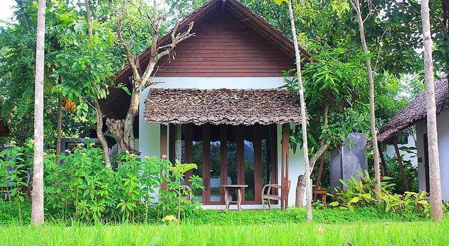 Heun Moung Pai Resort - Pai - Bedroom