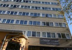Pelican London Hotel And Residence - ลอนดอน - อาคาร