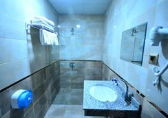 Dimet Park Hotel - วาน - ห้องน้ำ