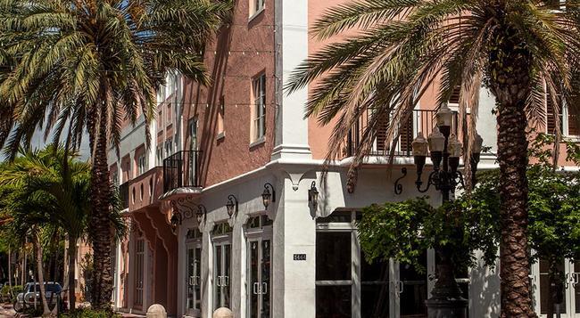 Casa Victoria Orchid - Miami Beach - Building