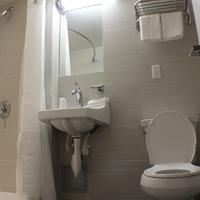 Hotel Cliff Bathroom