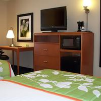 Fairfield Inn and Suites by Marriott Salt Lake City Airport Guest room