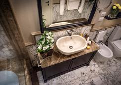Grand Amore Hotel And Spa - ฟลอเรนซ์ - ห้องน้ำ