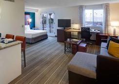 Residence Inn by Marriott San Diego Downtown - ซานดีเอโก - ห้องนอน