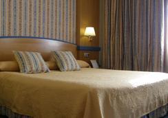 Hotel Gran Versalles - มาดริด - ห้องนอน