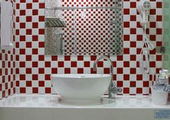NL Concept Hotel - เกาสง - ห้องน้ำ