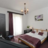 Budai Hotel Guestroom