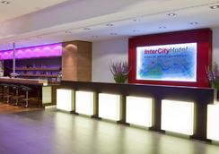 Intercityhotel Berlin Hauptbahnhof - เบอร์ลิน - ล็อบบี้