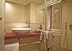 Novus City Hotel - เอเธนส์ - ห้องน้ำ